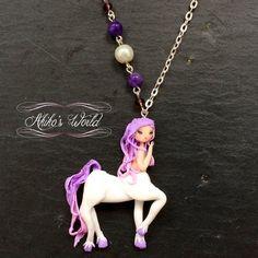 Collier centaure rose et blanc Bijoux fantaisie par AkikosWorld