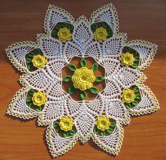 Yellow Rose of Texas Doily by Maggie Petsch Crochet Mandala, Crochet Art, Crochet Home, Thread Crochet, Crochet Motif, Crochet Crafts, Crochet Projects, Diy Crafts, Vintage Crochet Doily Pattern