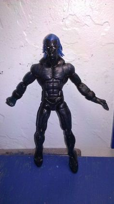 this is a marvel legends Fallen One Custom Action Figure he was made by figure realmer beecustoms he used a captain marvel and apoxie head happy pinning