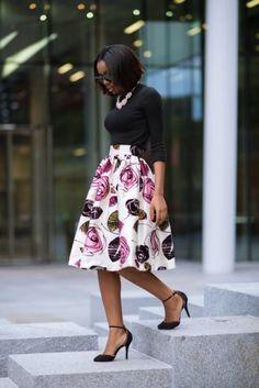 Alexandriah Sho-silva Floral Skirt Fall Street Style Inspo-- I love this skirt! Fashion Mode, Work Fashion, Modest Fashion, Fashion Outfits, Womens Fashion, Fashion Advice, Skirt Fashion, Fashion Boots, Street Fashion