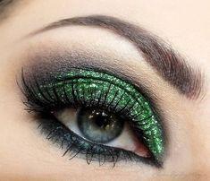 Glittery green eyeshadow