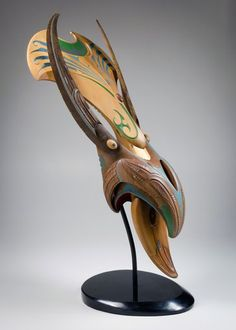 Roi Toia ), Māori artist biography and portfolio Abstract Sculpture, Bronze Sculpture, Wood Sculpture, Arte Tribal, Tribal Art, Polynesian People, Facial Tattoos, Art Nouveau, Maori Art