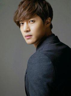 Biodata Kim Hyun Joong Profil Foto dan Fakta Menarik