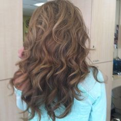 I wish my hair would curl like this!