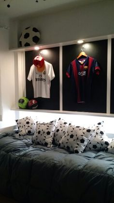 Ideas For Kids Room For Boys Football Soccer Room Decor, Soccer Theme, Boys Room Decor, Boy Room, Boys Football Bedroom, Football Rooms, Bedroom Themes, Kids Bedroom, Bedroom Ideas