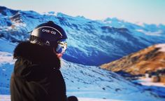 #summitgoggles #valthorens #snowboarding #mountains phot by @_tom_parry_ 🏂⛷🗻❄️