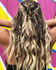 227 Likes, 25 Comments - Alicia Boho Hairstyles, Hairstyles For School, Wedding Hairstyles, Updo Styles, Curly Hair Styles, Witch Hair, Viking Braids, Festival Hair, Hair Hacks