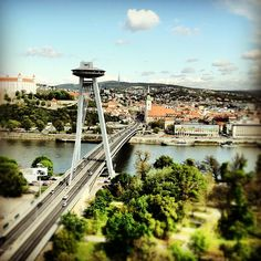 A nice image taken on a nice day...SNP Bridge, Danube River and Bratislava Castle (by aslakg)
