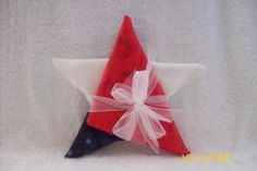 Folded fabric star,made from 3 fat quarters