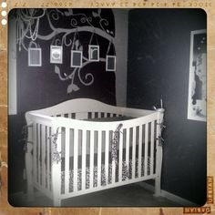 Here's a room that little Capri can really grow with.With the mix of vintage finds and classic art pieces, our Parker Crib fits right in with its lifetime design.