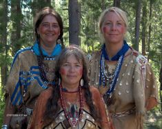 Women of The Fur Trade.  These women are completely amazing.  They primitive camp, forage for their food, cook over the campfire, tan hides, sew and decorate their own clothes...yep, I'm convinced they can pretty much do it all!  I want to be just like them when I grow up!  :D