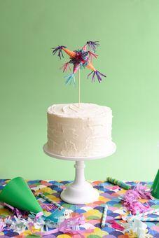 Mini Piñata Cake Topper   Decor