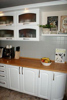 Malowanie szafek kuchennych i kafli w kuchni. Jaką wybrać farbę? Metamorfoza - biała kuchnia.