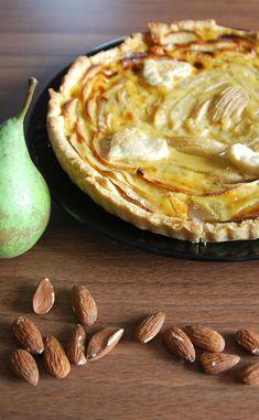 Tarte automnale aux pommes et aux poires Pie Recipes, Pizza, Fruit, Sweet, Food, Dessert Recipes, Sweet Recipes, Pears, Candy