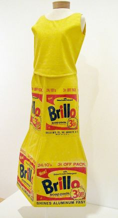 Andy Warhol Brillo Box Dress 1964 More on my blog. Just Click the pic. #fashion #fashionhistory #storiadellamoda #museodellamoda #storiadelcostume #lucianolapadula #lerariolapadula #storicodellamoda #perioddress #abitiantichi #storicodelcostume #historyoffashion #history #fashionhistorian #fashionmuseum #art #photo #photography #movie #cinema #actress #oldholywood #makeup #hairstyle