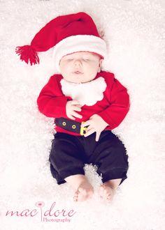 #macdorephotography #newbornphotography #familyphotographer #studiophotos #sanfernandophotography #simivalleyphotographer #venturaphotography #moorparkphotographer #families #newborn #holiday #maternity #siblings #headshots #seniorphotos #lovewhatido #photographyisthebesthobby #birthday