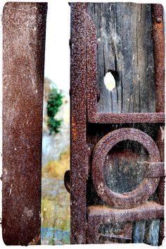 #sicily #sicilia Staircases, Doorway, Knock Knock, Door Handles, Houses, Sicily, Entrance, Door Knobs, Homes