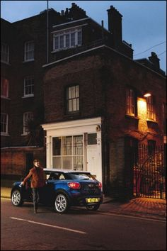 Thinking beyond the needs of modern mobility and championing compelling art, iconic design, fashion, and contemporary lifestyle. Mini Paceman, Mini Lifestyle, Automobile, Impatience, Mini Coopers, 2013, Minis, Avatar, Images