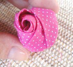 Como fazer uma rosa de fuxico, artesanato com tecido | Vila do Artesão