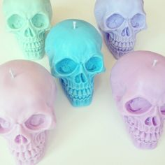 Large custom Skull candle - 100% soy wax - choose your colour & scent!