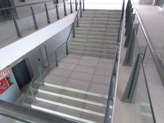 Imágenes de la ciudad deportiva del Real Betis Balompié finalizadas Buildings, Public, Stairs, Bar, Sport, Home Decor, City, Architecture, Interiors