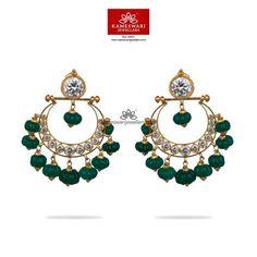 Gold Jhumka Earrings, Gold Earrings Designs, Gold Jewellery Design, Gold Jewelry, Diamond Earrings, Traditional Earrings, Designer Earrings, Indian Jewelry, Bridal Jewelry
