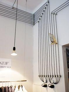 Interior #23 :: 전기선 데코 인테리어, 코너 선반 인테리어, 화이트 내츄럴 베드룸 인테리어, 키친 시멘트 노출 인테리어, 시크 심플 인테리어, 투 파트 베드룸 인테리어, 샵 인테리어, 선반 웰 인.. :: Sien Roman