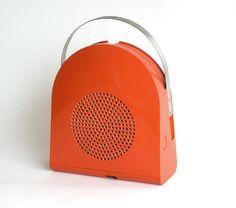Minerva GA 45, giradischi automatico, Designer Mario Bellini, 1968 (MoMA NY)