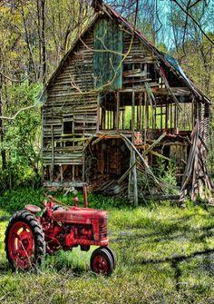 •♥•✿ڿڰۣ(̆̃̃•Aussiegirl Old Tractor & Nearly Gone Barn                                                                                                                                                      More