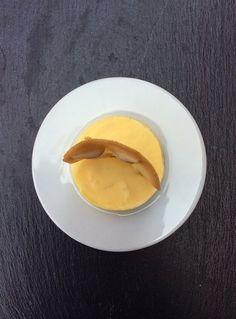Parfait al limoncello e mascarpone con tegolina croccante ai pinoli