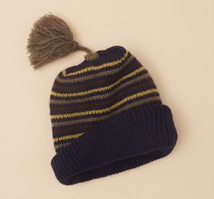 Knitted hat size 3-8 year old. Striped beanie hat. by lillamormor