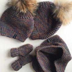 Купить Комплект для мамы и ребёнка - шапка, шапка вязаная, шапка женская, шапка детская, варежки