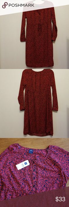Gap Maternity red and navy dress NWT Gap Maternity long sleeve cherry print dress is so soft and drapey! Adjustable ties above waist so you can wear throughout the pregnancy! Very stylish! GAP Dresses Midi