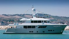 Cantiere delle Marche Launches Darwin 102 Yacht Galego