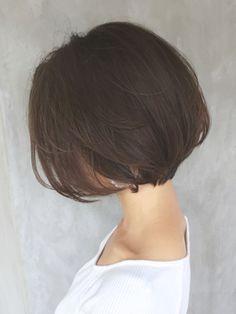 アッシュマッシュウルフショートボブ_ba80532 - 24時間いつでもWEB予約OK!ヘアスタイル10万点以上掲載!お気に入りの髪型、人気のヘアスタイルを探すならKirei Style[キレイスタイル]で。