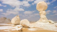 The stunning rock sculptures of the White Desert by day… | 51 Reasons To Fall In Love With Egypt