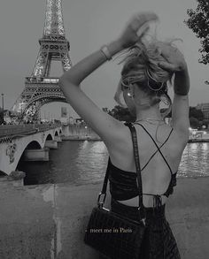 """""""Paris is always a good idea. Black And White Picture Wall, Black N White, Black And White Pictures, Black And White Instagram, Black Tops, Boujee Aesthetic, Aesthetic Pictures, Aesthetic Fashion, Shotting Photo"""