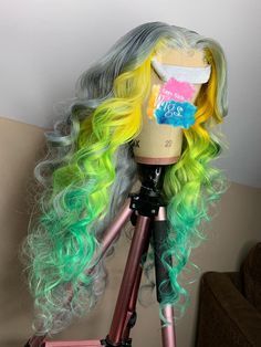 Green Wigs Lace Frontal 27 Piece Wig Princess Peach Wig Lace For Wigs Jumbo Ombre Hair Baddie Hairstyles, My Hairstyle, Ron Burgundy, Curly Hair Styles, Natural Hair Styles, Green Wig, Black And Green Hair, Pretty Hair Color, Exotic Hair Color