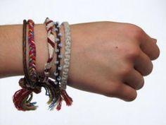 Friendship Bracelet - basic simple knot, easy instructions