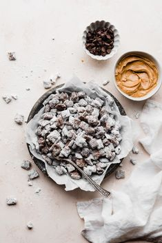 Homemade Puppy Chow is one of the easiest treats to make! All you need is 5 simple ingredients - chocolate, peanut butter, butter, chex cereal, and powdered sugar. It makes a great edible gift, and you can dress it up with any mix-ins you like! #puppychowrecipe #puppychow #muddybuddies #easyrecipes #peanutbutter #peanutbutterchocolate #chocolate #snackrecipes #bluebowlrecipes | bluebowlrecipes.com Easy Treats To Make, Easy Snacks, Easy Desserts, Delicious Desserts, Chex Cereal, Cereal Treats, Fun Easy Recipes, Snack Recipes, Dessert Recipes