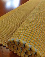 KOTIMAISET KÄSINKUDOTUT MATOT :: Flying-carpet-oy Carpet, Rugs, Design, Home Decor, Farmhouse Rugs, Decoration Home, Room Decor, Blankets