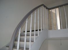 Deco escalier on pinterest stairs staircases and - Escalier peint 2 couleurs ...