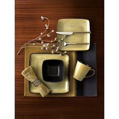 Hometrends Rave Square 16-Piece Dinnerware Set, Taupe