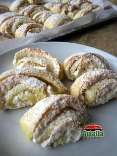 Romanian Desserts, Romanian Food, Romanian Recipes, Cookie Desserts, Cookie Recipes, Dessert Recipes, Good Food, Yummy Food, Christmas Desserts