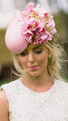 pink flowered hat