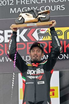 Aprilia is on top of the world! Aprilia with Max Biaggi wins the World Superbike Championship