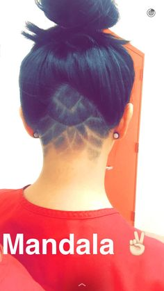 Cute mandala design on a triangular undercut