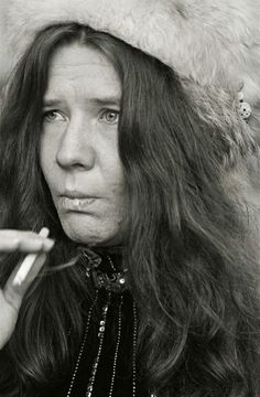 rare janis joplin and her familiy pictures | Janis+joplin+dead+body