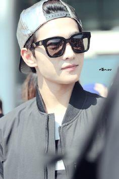 Yang Yang, Ulzzang Fashion, Ulzzang Girl, Korean Fashion, Asian Celebrities, Asian Actors, Good Looking Actors, Wei Wei, Zi Tao