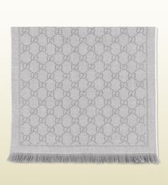 Gucci - GG jacquard pattern knit scarf I need a winter scarf collection